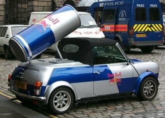 Red Bull Kühlschrank Tankstelle : Red bull classic mini es gibt sie doch noch archiv das